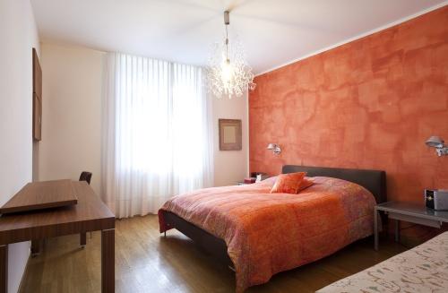 dormitor_oranj_bej