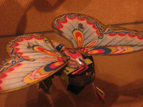 Fluture de jucarie
