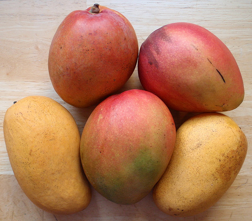 Fructul mango