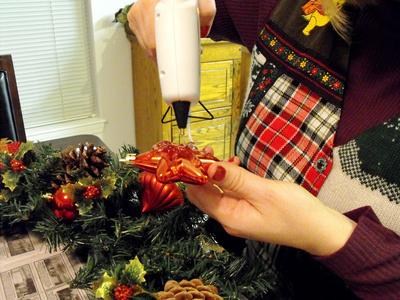 Lipirea ornamentelor cu ciocanul de lipit