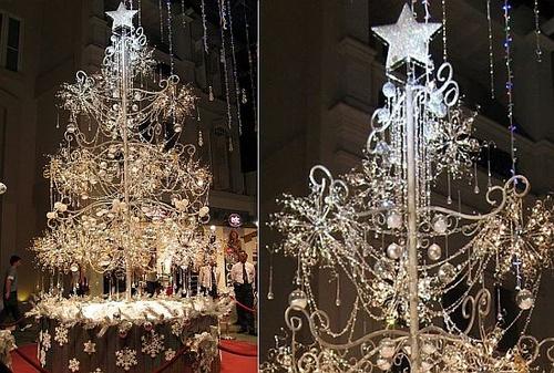 soo-kee-jewellery-christmas-tree-4_width