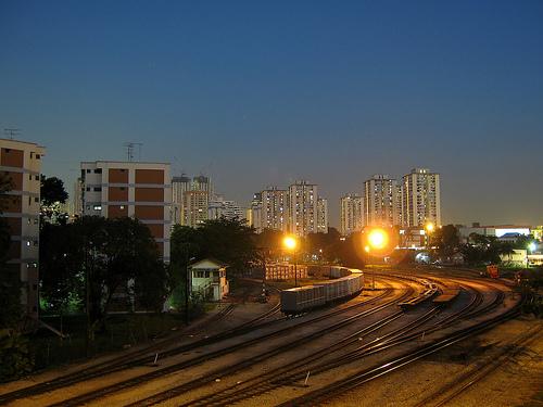 casa langa calea ferata